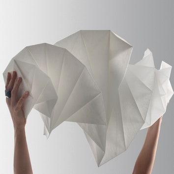 Световое оригами от Иссея Мияке