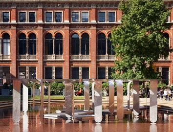 Музей Виктории и Альберта на London Design Festival
