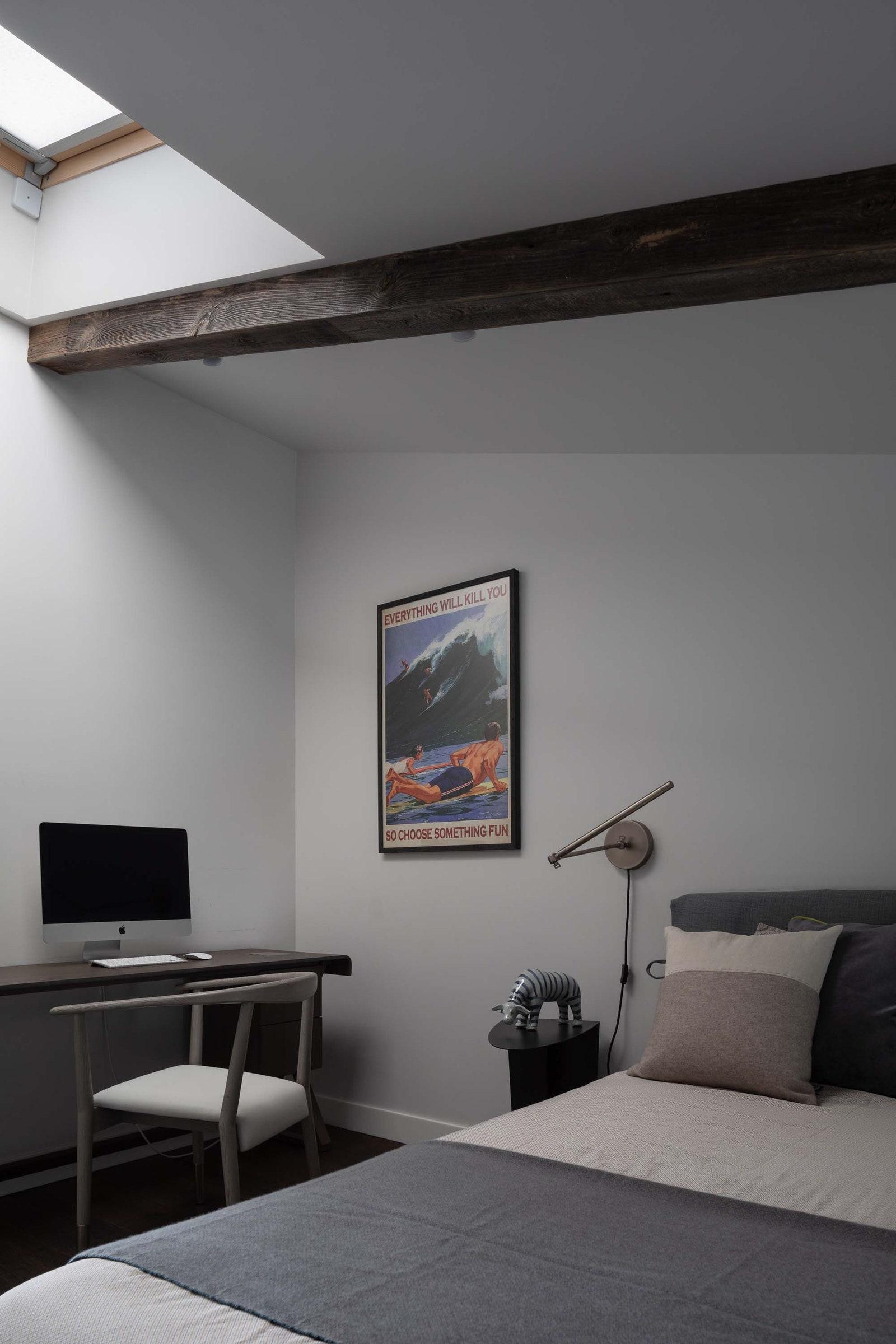.   Maxalto  Andrew Martin   de Le Cuona   Asiatides  Deluxe Home Creation  Restoration Hardware  Flou.