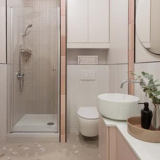 ванная в розовых тонах