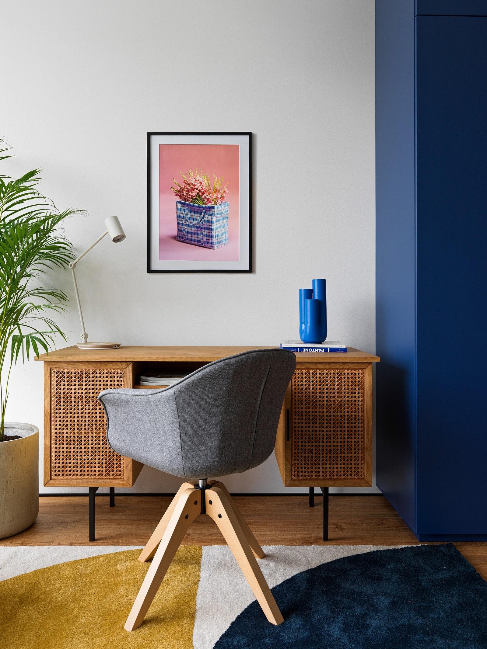 200 .  .     La Redoute   Ikea      digtal art        Barcelona design.