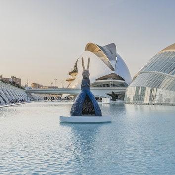 Выставка скульптур Лэйко Икэмуры в Валенсии