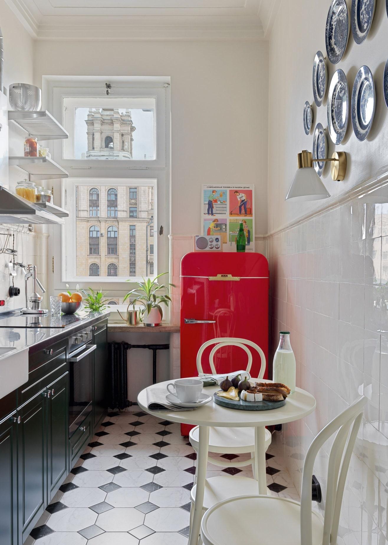. .      IKEA  Studia 15    Ferrari    RetZil                Kerama Marazzi    Khaki Mists 6 Dulux        Mr. Stolyar.